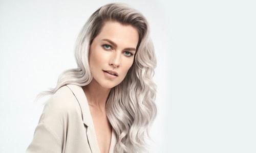 Model Silver Savior grijs haar modern